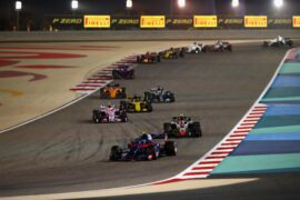 Pierre Gasly & Lewis Hamilton and other drivers on track Bahrain GP F1/2018