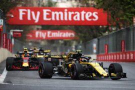 Carlos Sainz Jr (ESP) Renault Sport F1 Team RS18. Azerbaijan Grand Prix, Sunday 29th April 2018. Baku City Circuit, Azerbaijan.