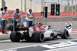 Charles Leclerc Sauber C37 at Formula One World Championship, Rd2, Bahrain Grand Prix, Practice, Bahrain International Circuit, Sakhir, Bahrain, 2018.