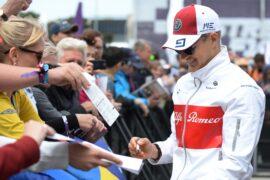 Marcus Ericsson Sauber F1 Team at the fans autograph session at Formula One World Championship, Rd4, Azerbaijan Grand Prix 2018.