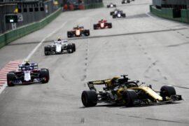 Nico Hulkenberg (GER) Renault Sport F1 Team RS18. Azerbaijan Grand Prix, Sunday 29th April 2018. Baku City Circuit, Azerbaijan.
