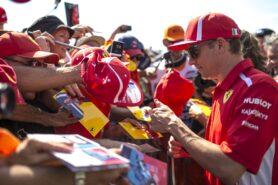 Raikkonen still waiting on Ferrari decision