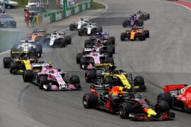 Daniel Ricciardo of Australia driving the (3) Aston Martin Red Bull Racing RB14 TAG Heuer rounds turn two at the start during the Canadian Formula One Grand Prix at Circuit Gilles Villeneuve on June 10, 2018 in Montreal, Canada.