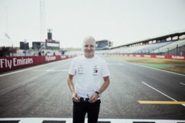 Bottas 'satisfied' with one year contract