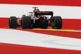 Marcus Ericsson (SWE) Alfa Romeo Sauber C37 sparks at Formula One World Championship, Rd9, Austrian Grand Prix, Practice, Spielberg, Austria, Friday 29 June 2018.