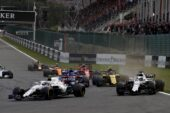 Spa-Francorchamps, Belgium. Sunday 26 August 2018. Sergey Sirotkin, Williams FW41, leads Lance Stroll, Williams FW41, and the remainder of the field at the start.