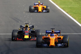 Report: McLaren to race Red Bull-like car in 2019