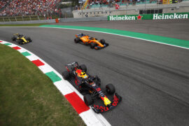 Max Verstappen & Fernando Alonso on track Italian GP F1/2018