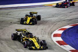 Carlos Sainz Jr (ESP) Renault Sport F1 Team RS18. Singapore Grand Prix, Sunday 15th September 2018. Marina Bay Street Circuit, Singapore.