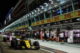 Carlos Sainz Jr (ESP) Renault Sport F1 Team RS18. Singapore Grand Prix 2018. Marina Bay Street Circuit, Singapore.