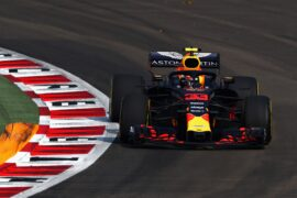 Max Verstappen of the Netherlands driving the (33) Aston Martin Red Bull Racing RB14 TAG Heuer on track during practice for the Formula One Grand Prix of Singapore 2018.