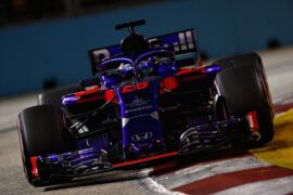 Brendon Hartley of New Zealand driving the (28) Scuderia Toro Rosso STR13 Honda on track during the Formula One Grand Prix of Singapore 2018.