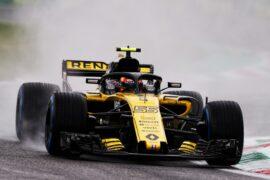 Carlos Sainz Jr (ESP) Renault Sport F1 Team RS18. Italian Grand Prix, Friday 31st August 2018. Monza Italy.