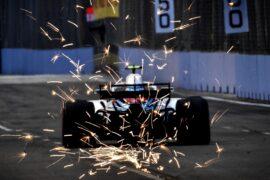 Marina Bay Circuit, Singapore 2018. Sergey Sirotkin, Williams FW41, throws up sparks.