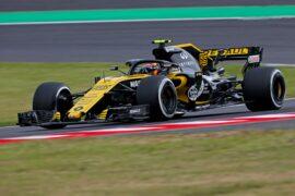 Carlos Sainz Jr (ESP) Renault Sport F1 Team RS18. Japanese Grand Prix, Friday 5th October 2018. Suzuka, Japan.