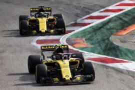 Carlos Sainz Jr (ESP) Renault Sport F1 Team RS18. Russian Grand Prix, Sunday 30th September 2018. Sochi Autodrom, Sochi, Russia.