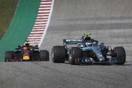 Valtterri Bottas Mercedes & Max Verstappen Red Bull on track US GP F1/2018