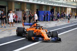 Carlos Sainz Jr, McLaren MCL33 during the Test Days at Yas Marina Circuit on November 28, 2018 in Yas Marina Circuit, United Arab Emirates.