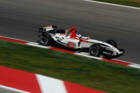 Jenson Button driving the BAR-Honda 006, Catalunya circuit, Barcelona (2004)
