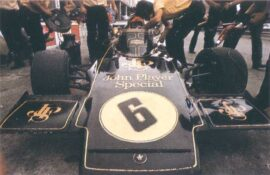 Emerson Fittipaldi driving the Lotus 72D in Italy (1972)