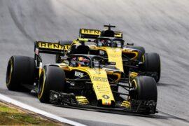 Carlos Sainz Jr (ESP) Renault Sport F1 Team RS18. Brazilian Grand Prix, Sunday 11th November 2018. Sao Paulo, Brazil.