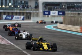 Carlos Sainz Jr (ESP) Renault Sport F1 Team RS18. Abu Dhabi Grand Prix, Sunday 25th November 2018. Yas Marina Circuit, Abu Dhabi, UAE.