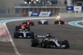 2018 Abu Dhabi GP Mercedes on track