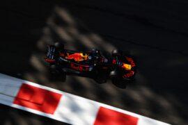 Daniel Ricciardo of Australia driving the (3) Aston Martin Red Bull Racing RB14 TAG Heuer on track during Abu Dhabi Formula One Grand Prix 2018