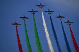An aeronautical display is seen above the circuit before qualifying for the Abu Dhabi Formula One Grand Prix at Yas Marina Circuit on November 24, 2018 in Abu Dhabi, United Arab Emirates.