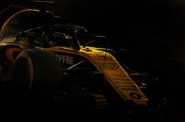 Nico Hulkenberg (GER) Renault Sport F1 Team RS18. Abu Dhabi Grand Prix 2018. Yas Marina Circuit, Abu Dhabi, UAE.