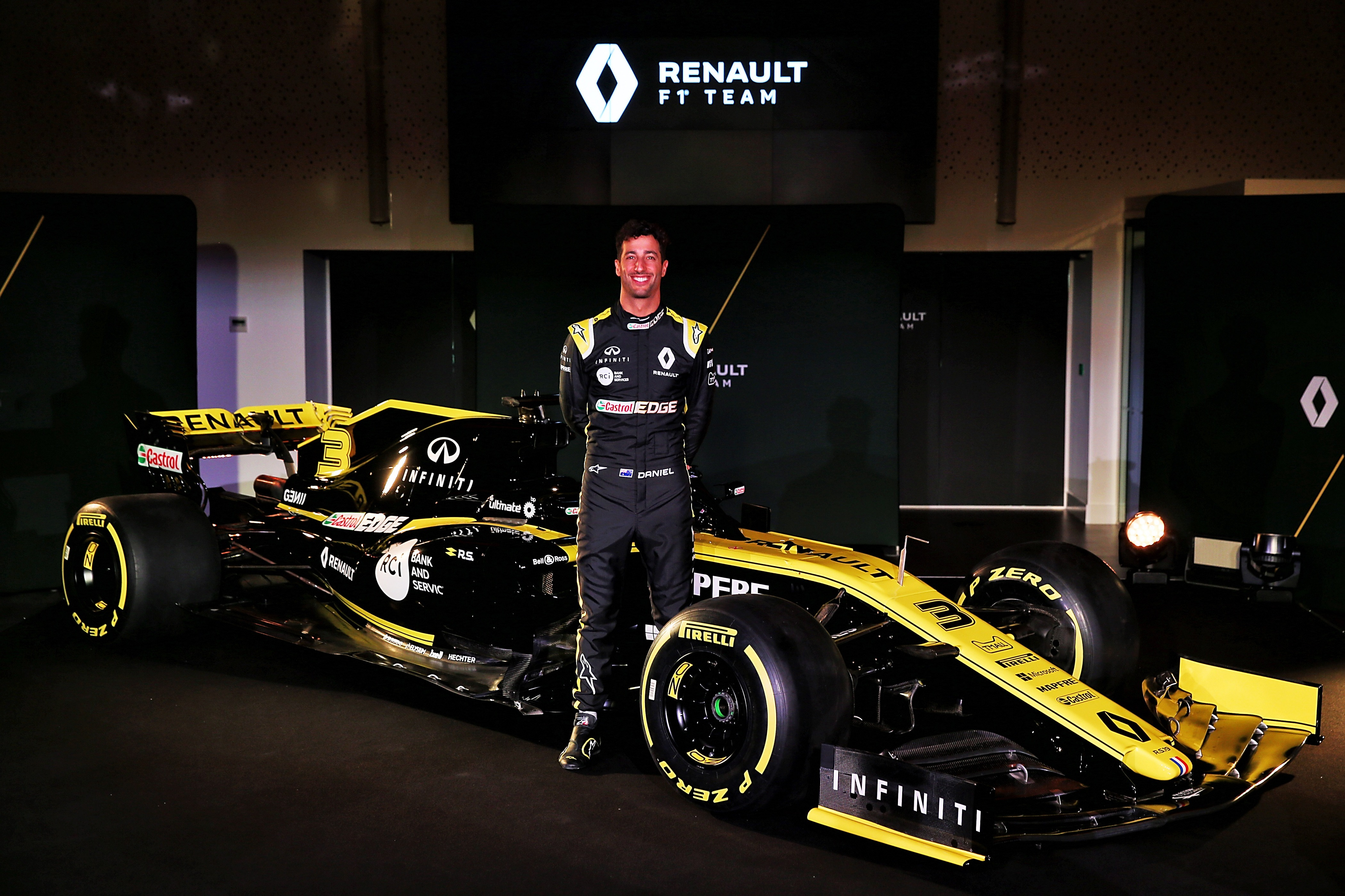 2019 Renault Rs19 F1 Car Launch Pictures