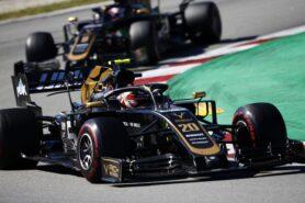 Haas may need to tweak 2019 F1 car livery