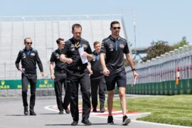 Nicholas Latifi (CDN) Williams Racing Test and Development Driver walks the circuit with the team. Canadian Grand Prix, Thursday 6th June 2019. Montreal, Canada.