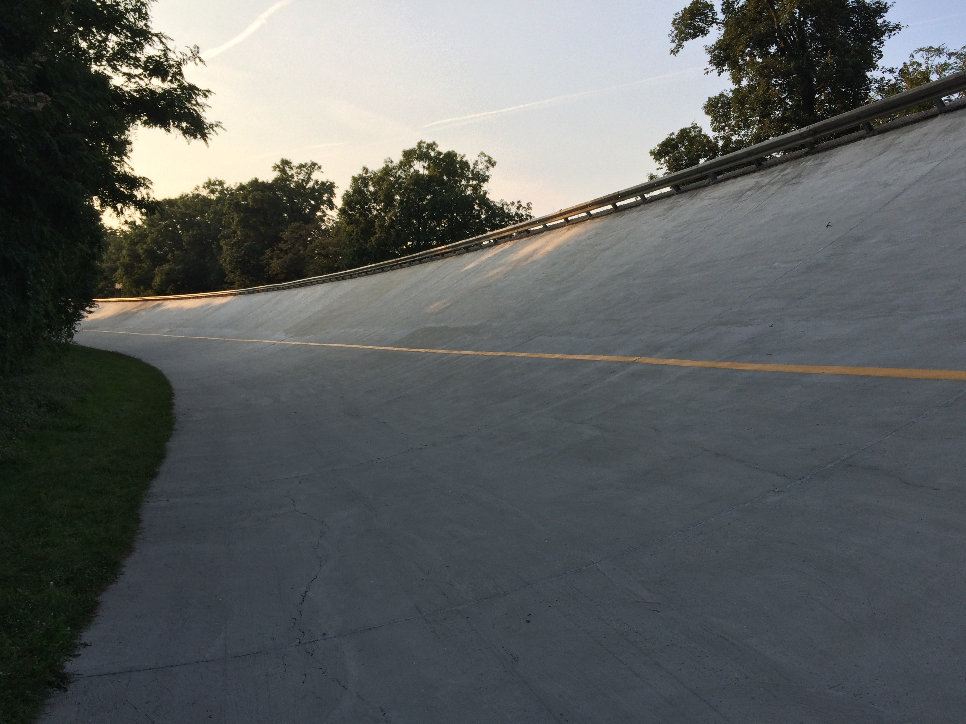 Monza looking for funding to bring back old circuit banking to life