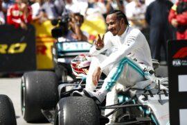 Hamilton responds to fake Twitter account