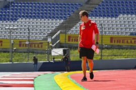 Vettel wants F1 rules on 'two A4 pages'