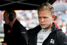 Magnussen gets married in F1 break