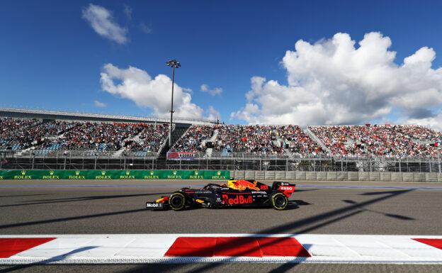 Russia wants full grandstands for Sochi race