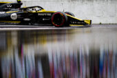Renault to test 'e-sport' driver in F1 simulator
