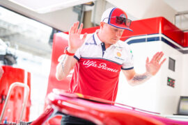 De la Rosa: Raikkonen cannot adapt driving style