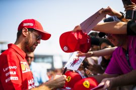 Ferrari offers Vettel one-year deal with pay cut