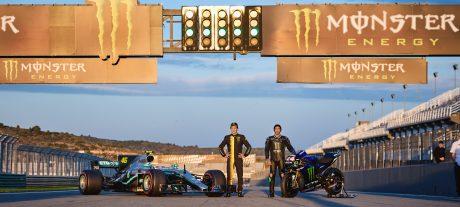 Alonso: Dakar not a Hamilton-like 'show'