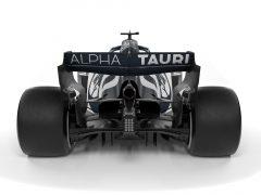 AlphaTauri AT01 F1 Car Onboard video