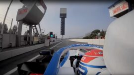 The first laps! Jump onboard the Williams FW43!