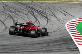 Marko says Ferrari scandal 'deadline' looms