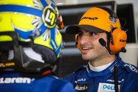 Sainz reveals McLaren contract talks