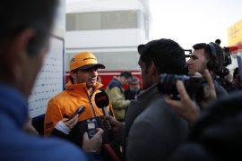 Sainz hopes Ferrari deal helps Spanish GP
