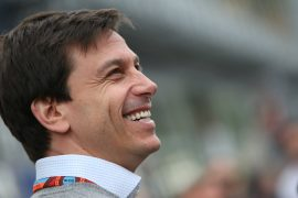 Wolff not committing to 2021 team boss role