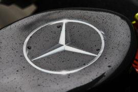 Mercedes ups Aston Martin stake to 20%