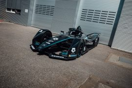 In the pit lane - Formula E unplugged